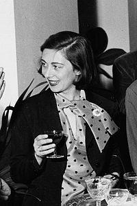 1954 Cini Boeri.jpg