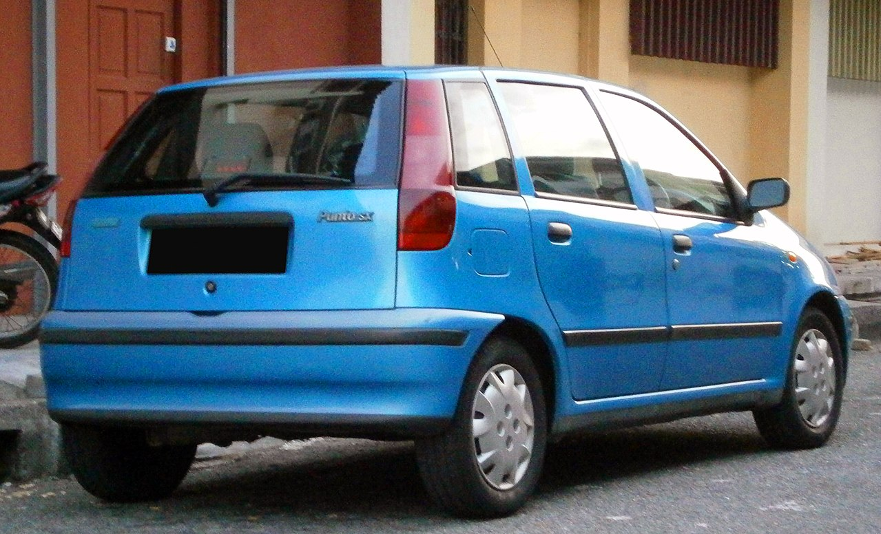 file 1993 1999 fiat punto sx 5 door hatchback in ipoh malaysia 02 jpg wikimedia commons. Black Bedroom Furniture Sets. Home Design Ideas