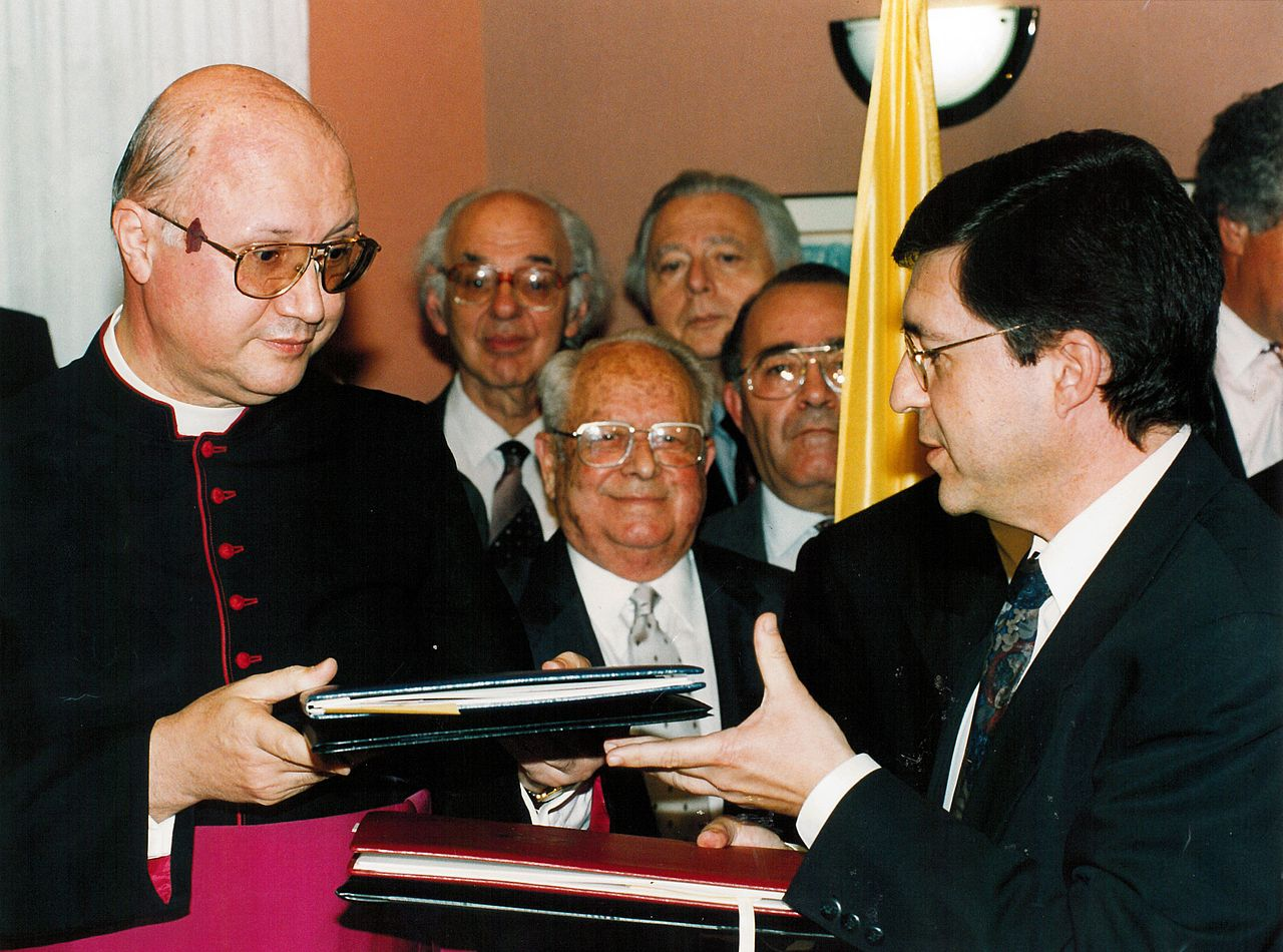Risultati immagini per vatican and israel have established diplomatic relations 1993