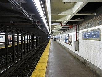First Avenue (BMT Canarsie Line) - Image: 1st Avenue BMT IMG 9163