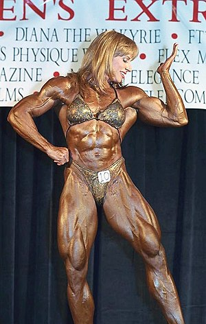 Female bodybuilding - Betty Pariso posing at the 2001 Extravaganza Strength Contest