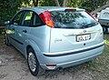 2004 Ford Focus (LR MY03) CL 5-door hatchback (2009-09-19) 01.jpg