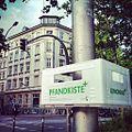 2012.06 eurotrip Hamburg Pfandkiste.jpg
