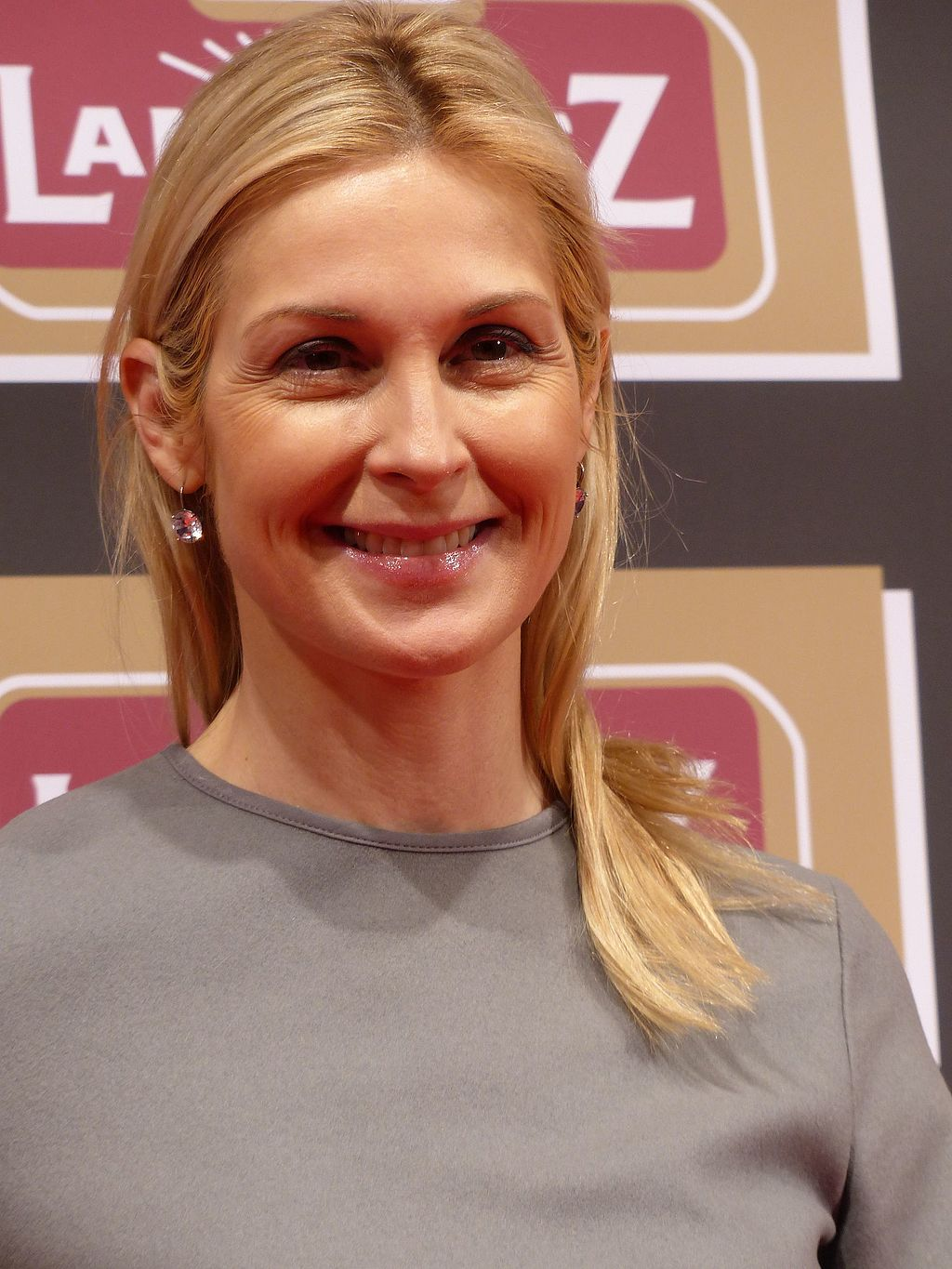 2016-02-01 831 Kelly Rutherford