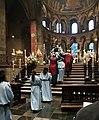 20180602 Maastricht Heiligdomsvaart, reliekentoning OLV-basiliek 06.jpg