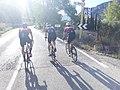 2020-09-26 Ciclistes entrant a Barx.jpg