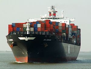 APL Denmark IMO 9231250, at Port of Antwerp, Belgium 12-Oct-2005.jpg