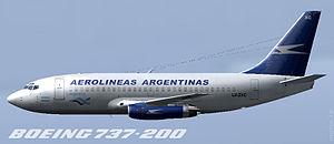 Perfil de un Boeing 737-200 de Aerolíneas Arge...