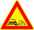 A 11 - Odletujúci štrk (ako dočasná dopravná značka).png