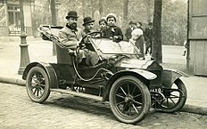 A Brouhot car in Paris, 1910.jpg