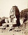 A Hindu temple ruins at Wadhwan, Kathiawar Gujarat.jpg