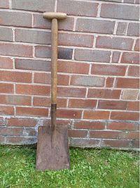 Aa shovel01