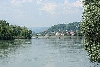 Döttingen, Aargau - Image: Aare Brücke Döttingen Kleindöttingen