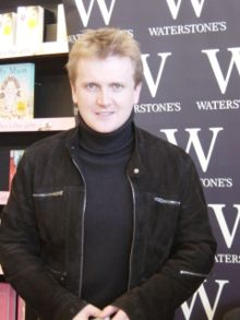 Aled Jones at a book signing in 2006