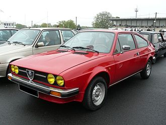 Front-engine, front-wheel-drive layout - A 1975 Alfa Romeo Alfasud Sprint Veloce using a Longitudinally mounted front-engine and front-wheel drive.