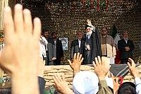 Ali Khamenei in Rahian-e Noor09.jpg