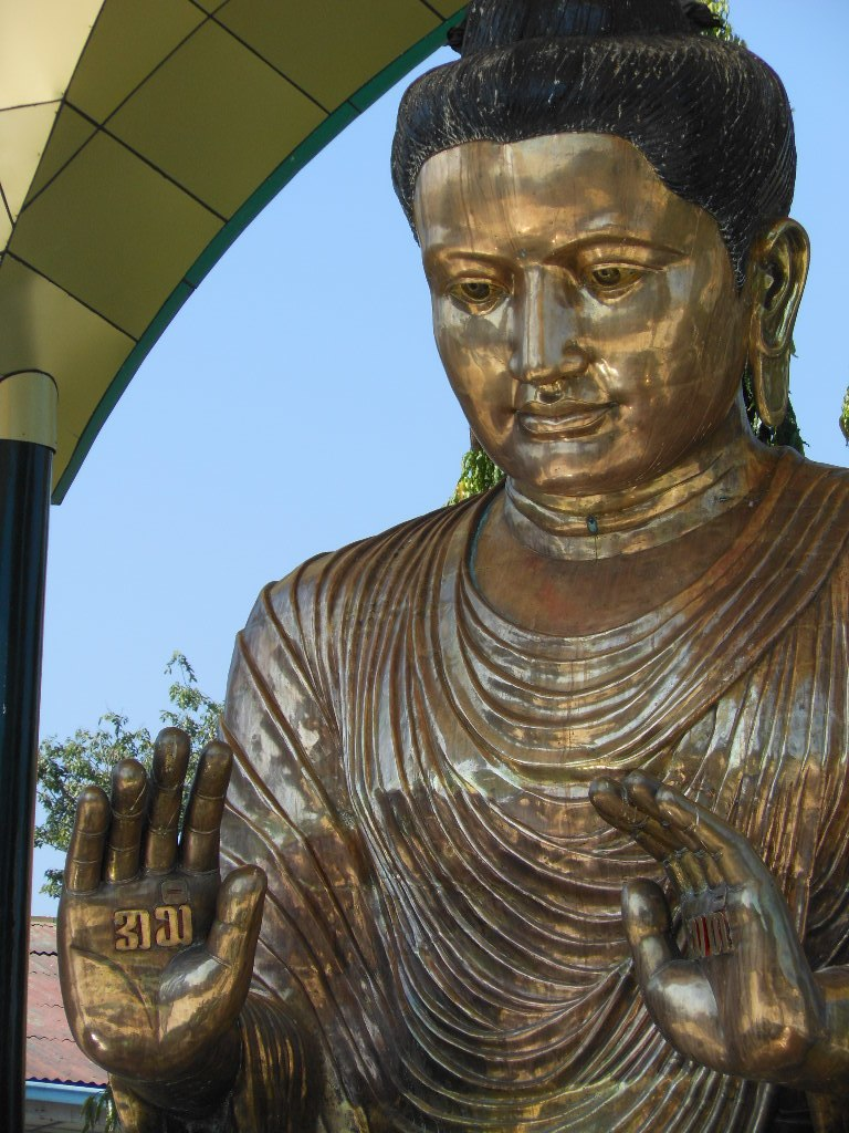 Almost Feminine Buddha (8391027529)