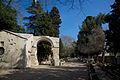 Alyscamps Arles 1.jpg