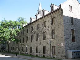 Ancien hopital general de Montreal 01.jpg