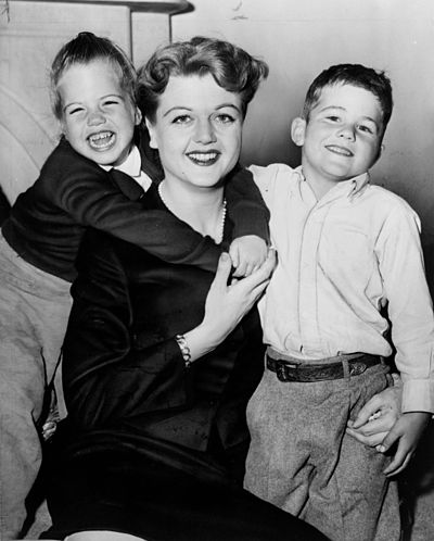 Lansbury with her children in 1957 Angela Lansbury NYWTS.jpg