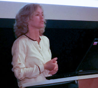 Anja Cetti Andersen - Image: Anja Cetti Andersen Rosseland lecture 2015 (cropped)