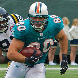 Anthony Fasano - Fasano with the Miami Dolphins in 2009