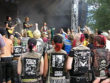 Anti-NowhereLeague-1-Augustibuller2007.jpg