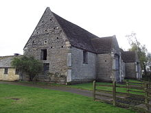 Ashleworth tithe barn.jpg