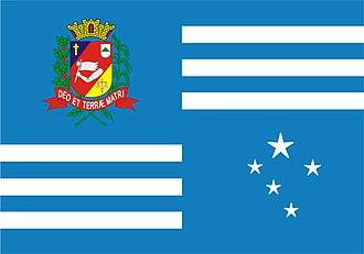 Fundação Educacional do Município de Assis - Image: Assis.Bandeira