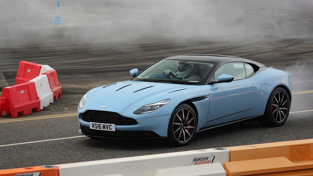 Aston Martin DB11 - Wikipedia