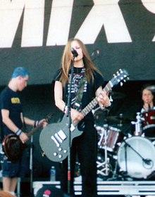 Avril Lavigne in concerto nel 2002