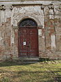Březno (okres Mladá Boleslav), kostel, dveře.jpg