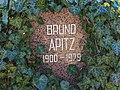B-Friedrichsfelde Zentralfriedhof 03-2015 img35 Bruno Apitz.jpg