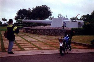 Fort Victoria, Bermuda - A BL 9.2 inch gun Mk X at Fort Victoria, circa 1995.