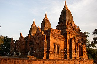 Religion in Myanmar - The Payathonzu Temple is built in the Mon style.