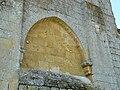 Baneuil église arc.JPG