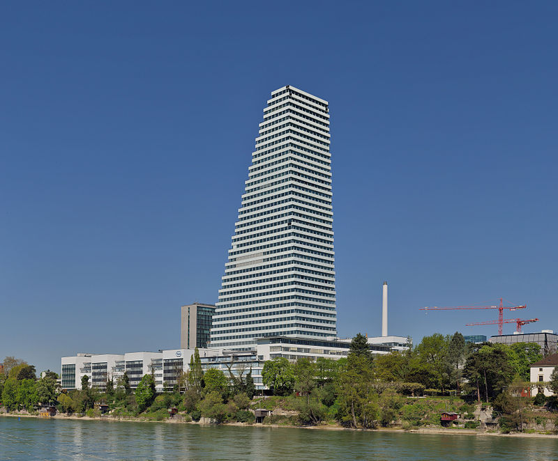 Basel - Roche Tower - 19. April 2015.jpg