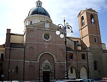 Basilica san tommaso.JPG