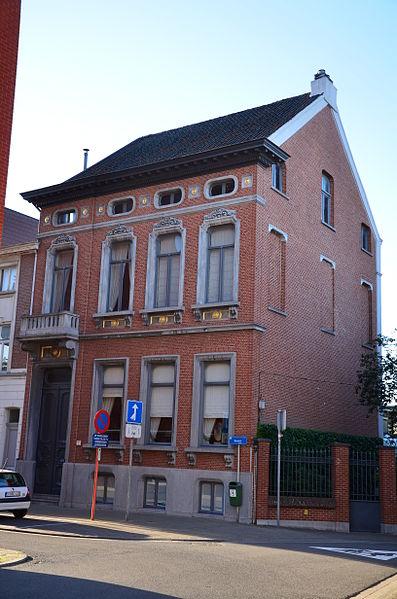 Voormalige directeurswoning van Bloemmolens Rypens, Bassinstraat 19, Boom