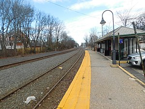 Bay Head station - January 2018.jpg