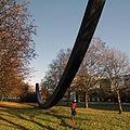 Berlin schoeneberg an der urania kunstwerk mit rad 28.11.2011 14-05-31.JPG