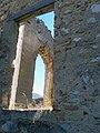 Borgo fantasma di Stazzano Vecchio, sullo sfondo Monte Gennaro, Lazio.jpg