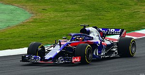 Brendon Hartley Toro Rosso STR13 Barcelona testing.jpg