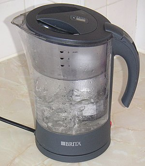 English: Self-made photograph of a Brita kettl...