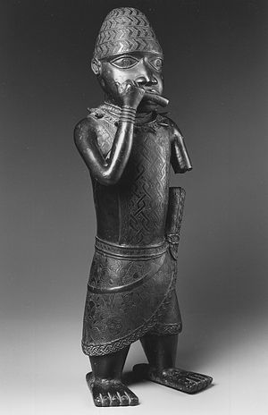 Esigie - An Edo figure from the reign of the oba Esigie (c. 1504-1550) Brooklyn Museum.