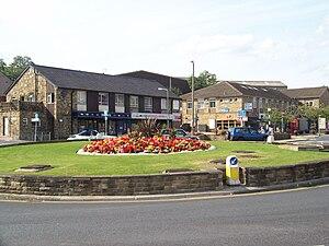 Baildon - Image: Browgate roundabout