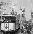 Bundesarchiv Bild 183-J0727-0012-001, Halle, Historische Straßenbahn, Marienkirche.jpg