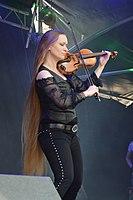 Burgfolk Festival 2013 - Ally the Fiddle 02.jpg