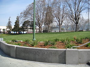 Bushrod Park, Oakland, California - Shattuck Avenue entrance to Bushrod Park