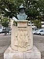 Buste Jean Moulin St Étienne Loire 1.jpg